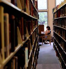 Parecer da AGU reconhece que vantagens por titulação podem ser pagas enquanto se aguarda a emissão do diploma de pós-graduação