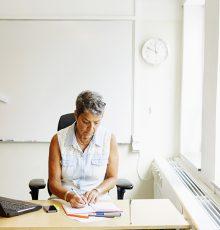 Sentença garante à professora da UFCSPA o direito de progredir na carreira e obter a retroatividade dos efeitos funcionais e financeiros